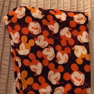 Lularoe Mickey Mouse TC leggings, euc